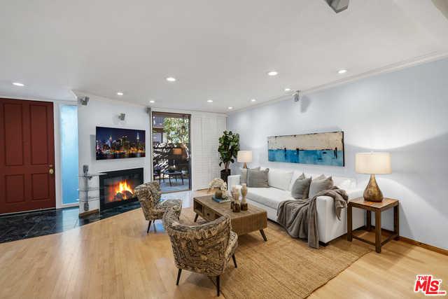 $1,430,000 - 3Br/Ba -  for Sale in Santa Monica