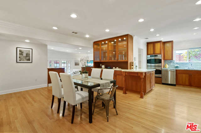 $1,689,000 - 3Br/Ba -  for Sale in Los Angeles