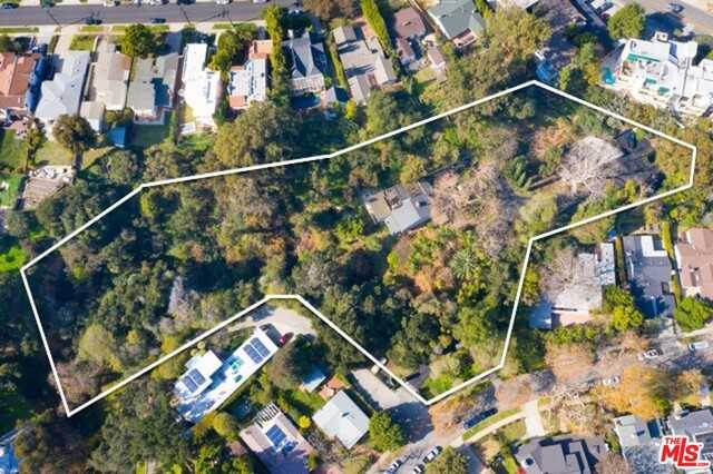 $6,749,900 - 4Br/Ba -  for Sale in Pacific Palisades