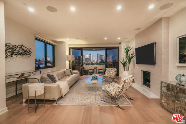 $1,499,500 - 2Br/Ba -  for Sale in Los Angeles
