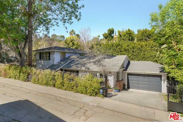 $1,680,000 - 4Br/Ba -  for Sale in Los Angeles