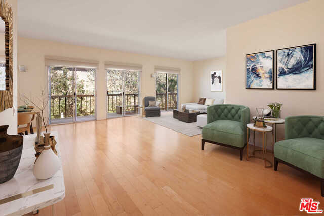 $799,000 - 2Br/Ba -  for Sale in Los Angeles
