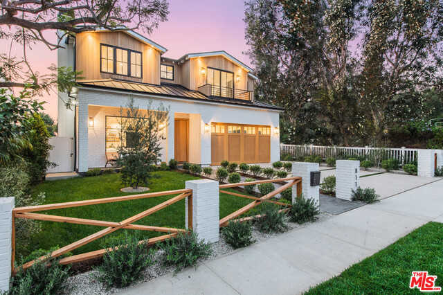 $6,595,000 - 6Br/Ba -  for Sale in Pacific Palisades