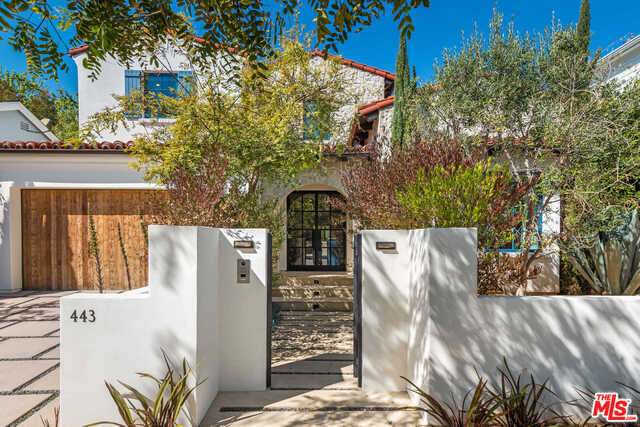 $7,500,000 - 5Br/Ba -  for Sale in Pacific Palisades