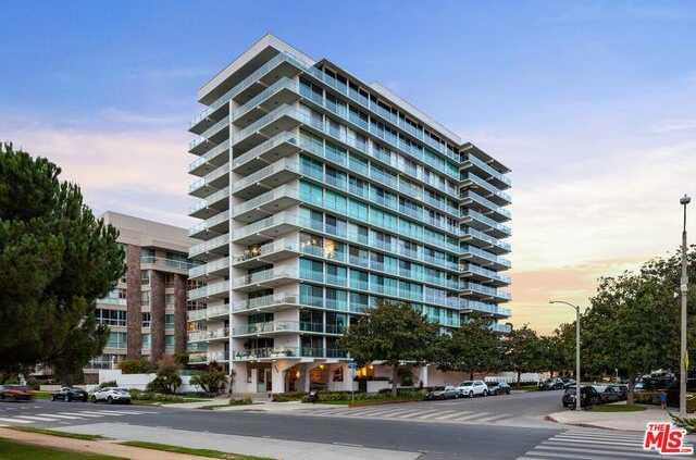 $2,845,000 - 2Br/Ba -  for Sale in Santa Monica