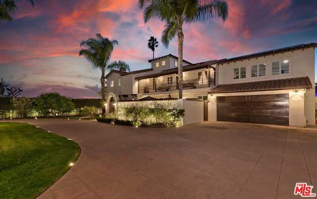 $5,388,000 - 5Br/Ba -  for Sale in Los Angeles