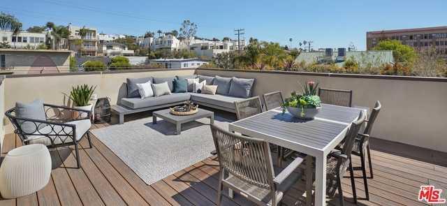 $1,995,000 - 3Br/Ba -  for Sale in Santa Monica