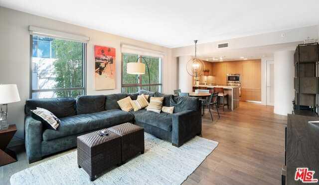 $1,995,000 - 2Br/Ba -  for Sale in Santa Monica