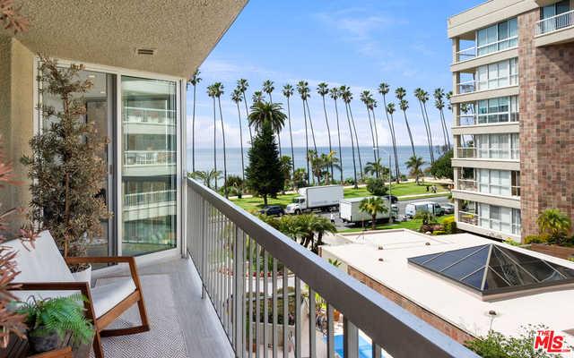 $2,795,000 - 2Br/Ba -  for Sale in Santa Monica