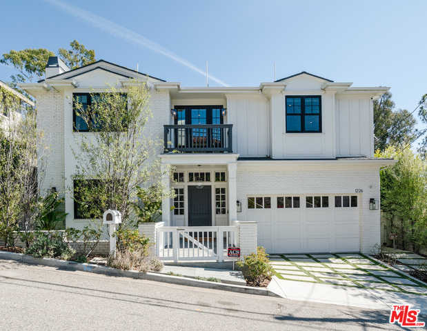 $6,500,000 - 6Br/Ba -  for Sale in Pacific Palisades