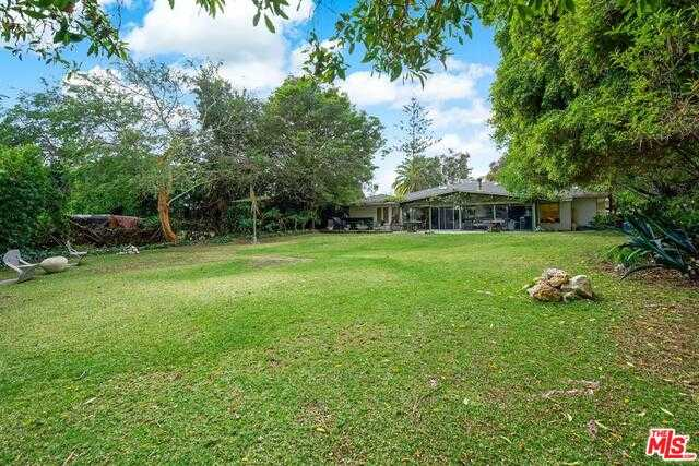 $5,995,000 - 4Br/Ba -  for Sale in Pacific Palisades