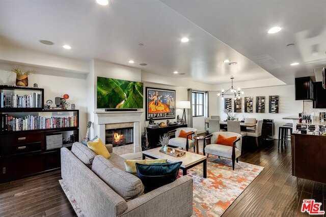 $1,799,000 - 2Br/Ba -  for Sale in Santa Monica