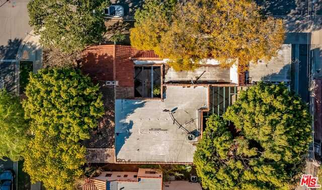 $2,695,000 - 4Br/Ba -  for Sale in Beverly Hills