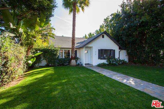 $3,198,000 - 3Br/Ba -  for Sale in Beverly Hills
