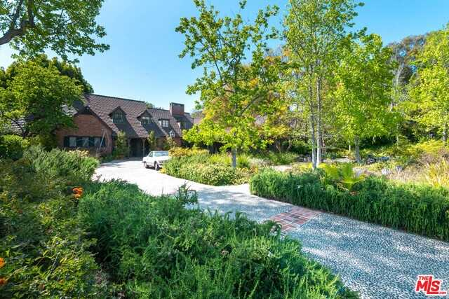 $19,900,000 - 5Br/Ba -  for Sale in Beverly Hills