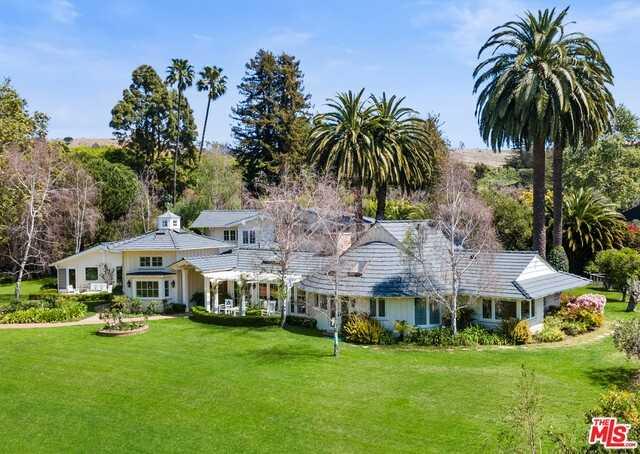 $12,500,000 - 4Br/Ba -  for Sale in Malibu