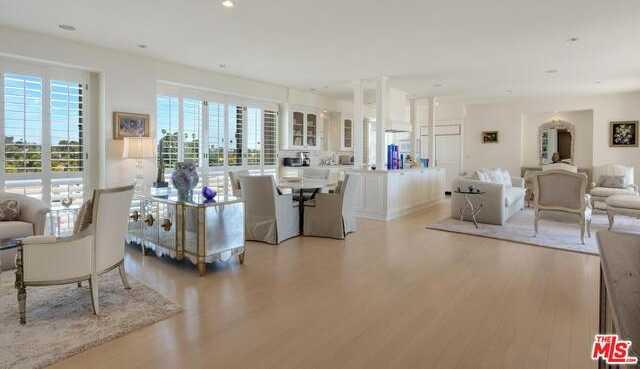 $3,375,000 - 2Br/Ba -  for Sale in Santa Monica