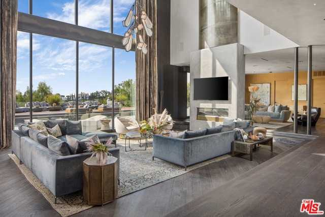 $17,950,000 - 7Br/Ba -  for Sale in Beverly Hills