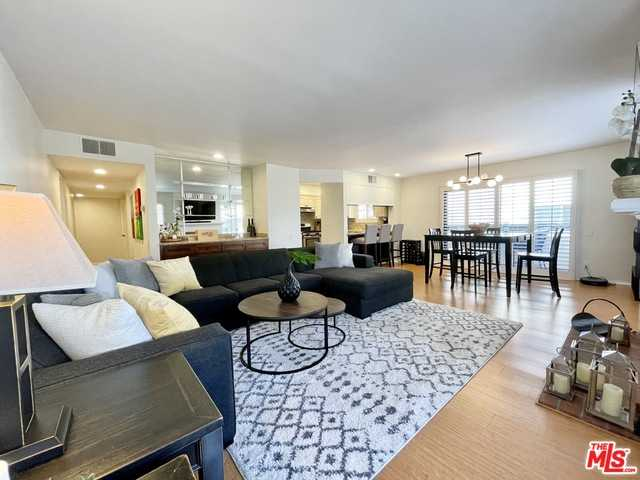 $895,000 - 2Br/Ba -  for Sale in Los Angeles