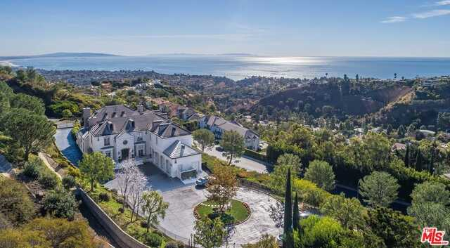 $20,000,000 - 5Br/Ba -  for Sale in Pacific Palisades