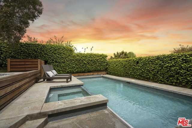 $1,895,000 - 3Br/Ba -  for Sale in Playa Del Rey