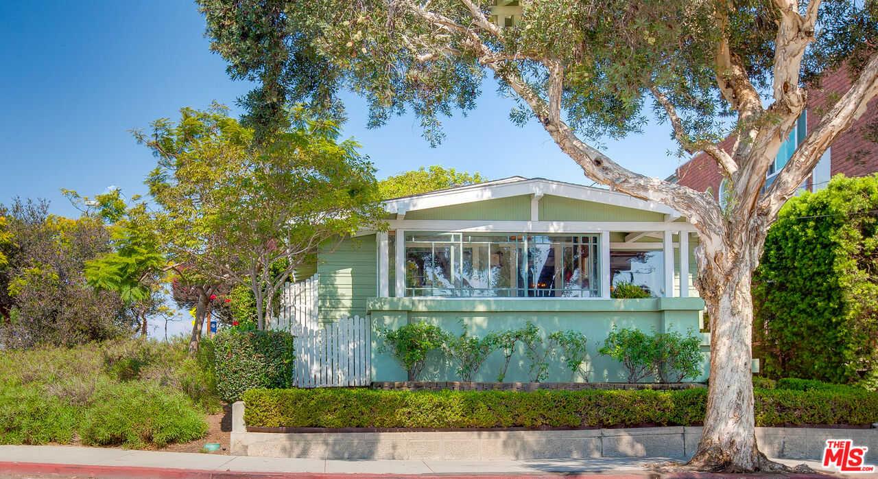 $2,499,000 - 4Br/2Ba -  for Sale in Santa Monica