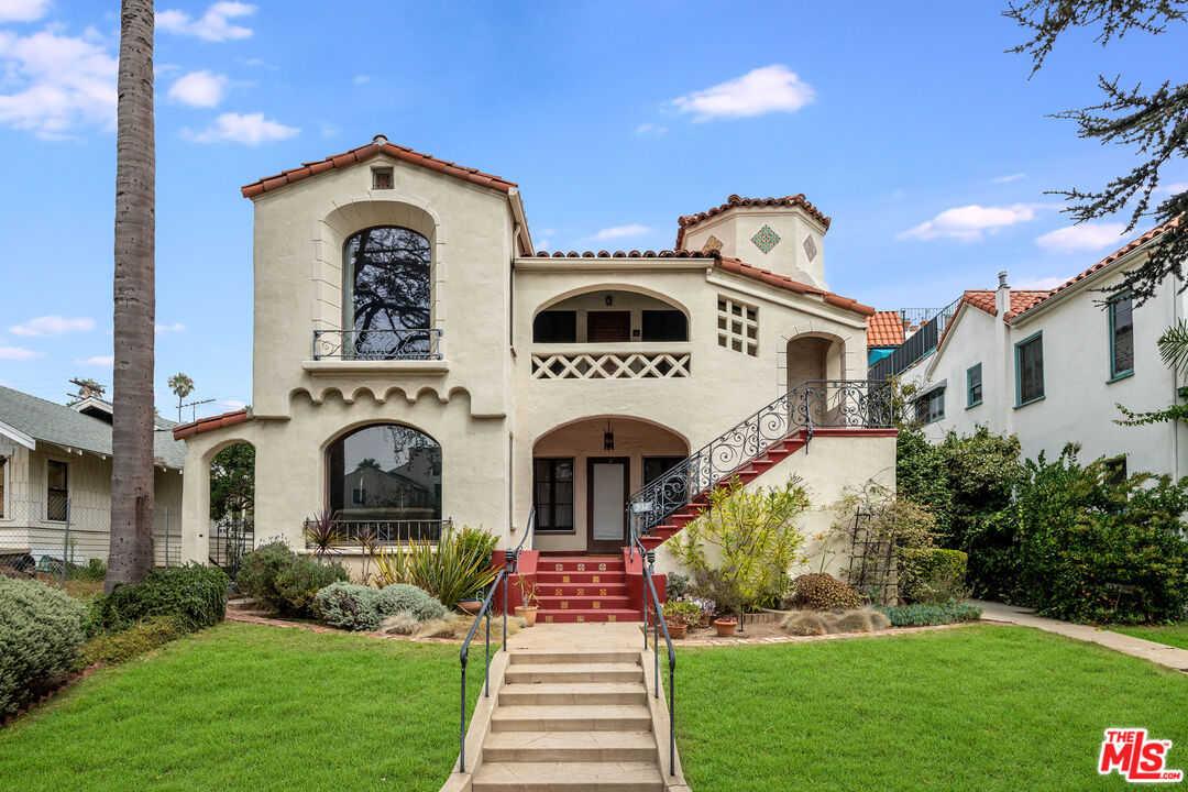 $600,000 - 0Br/1Ba -  for Sale in Santa Monica