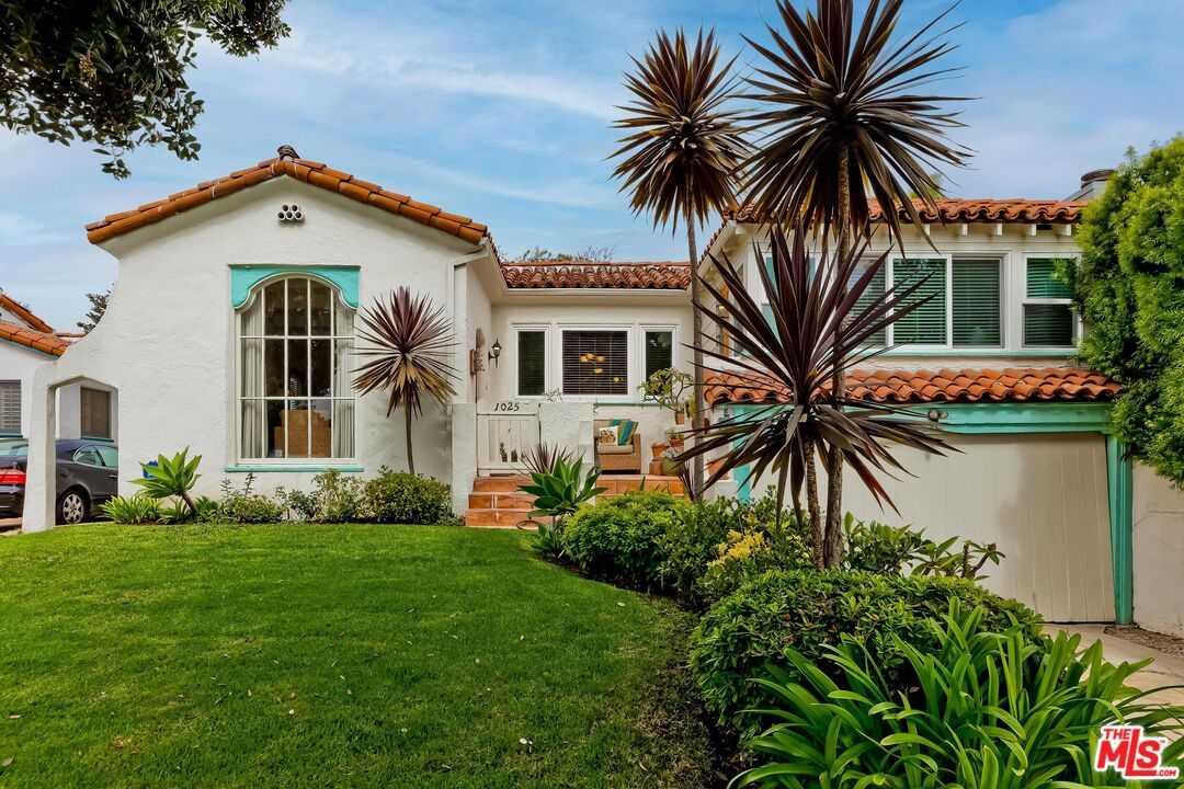 $1,950,000 - 3Br/1Ba -  for Sale in Santa Monica
