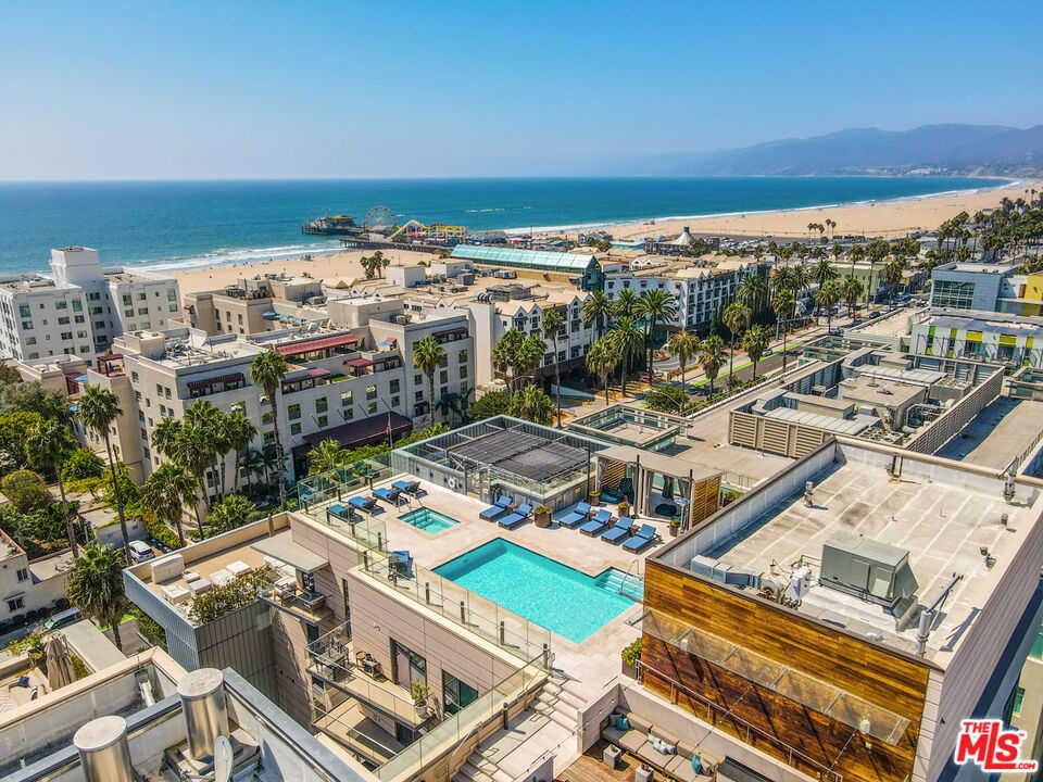 $2,150,000 - 2Br/2Ba -  for Sale in Santa Monica