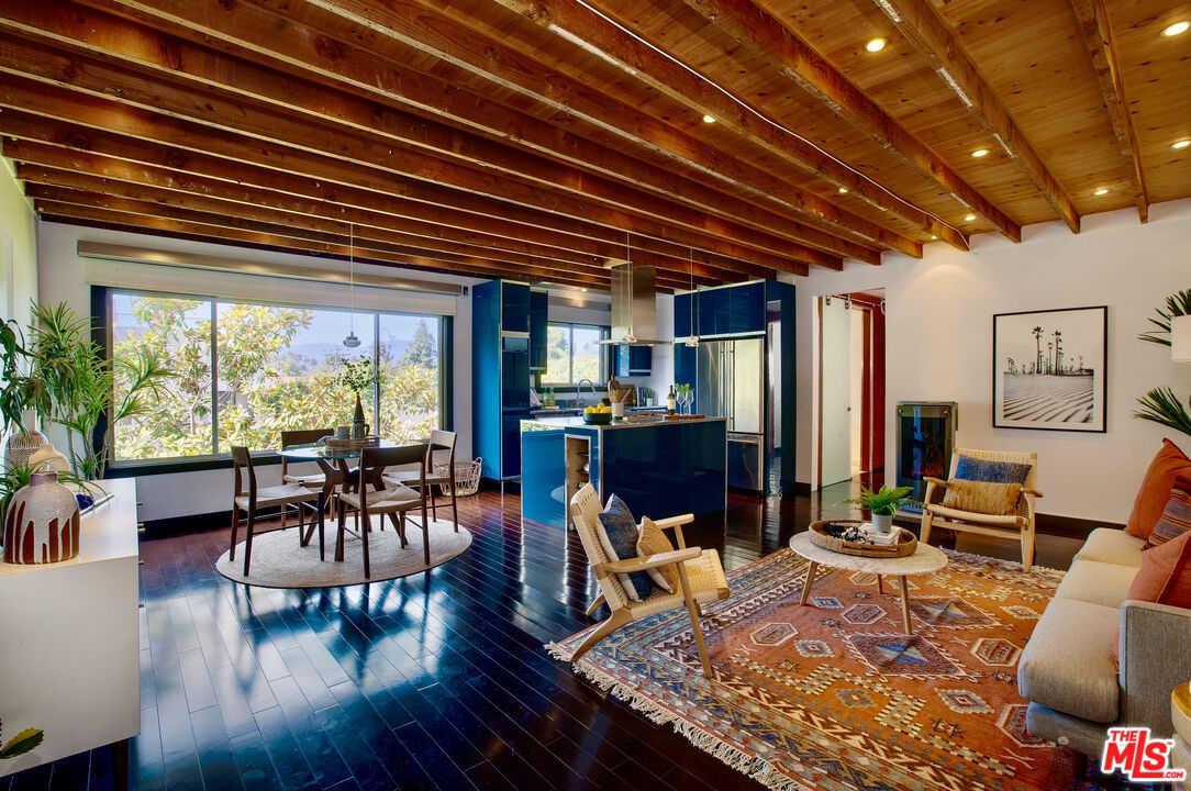 $925,000 - 1Br/1Ba -  for Sale in Santa Monica