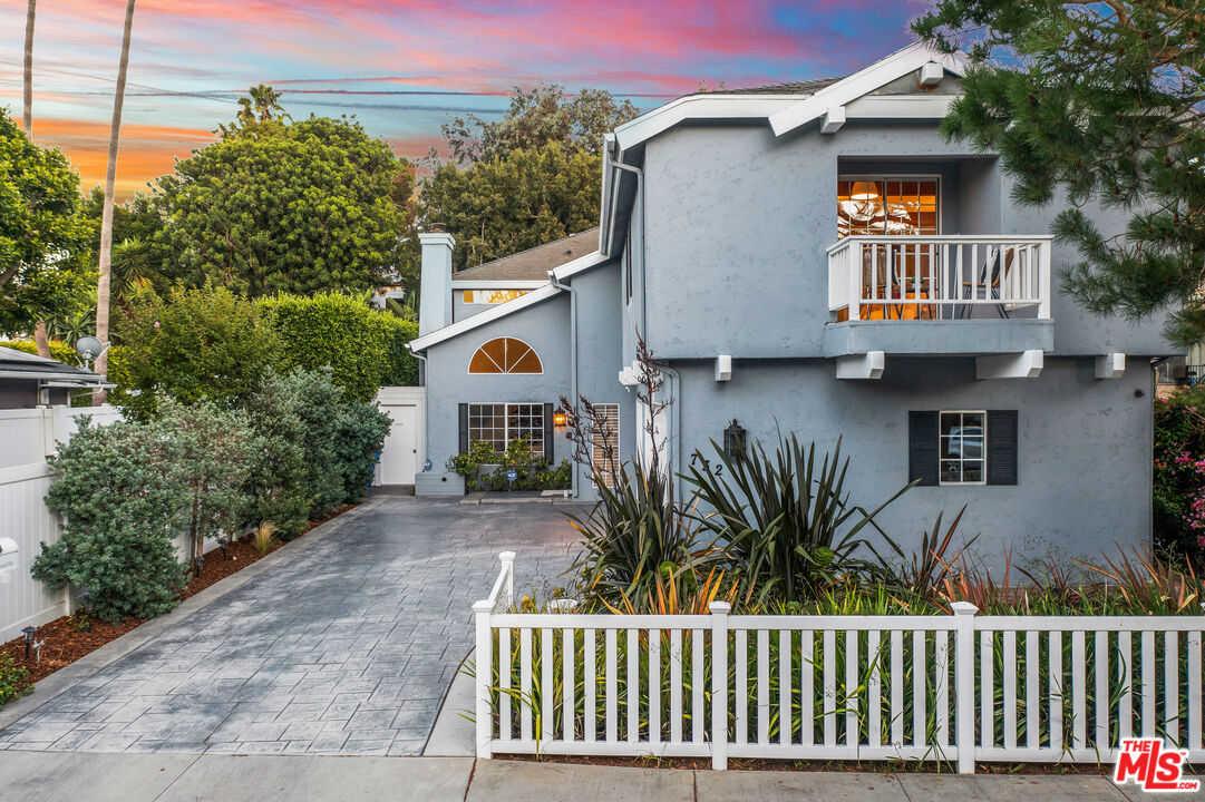$2,795,000 - 4Br/3Ba -  for Sale in Santa Monica