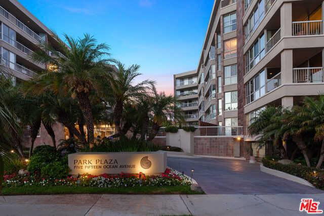 $3,289,000 - 2Br/3Ba -  for Sale in Santa Monica