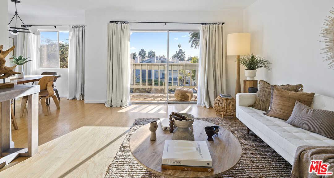 $1,295,000 - 3Br/2Ba -  for Sale in Santa Monica
