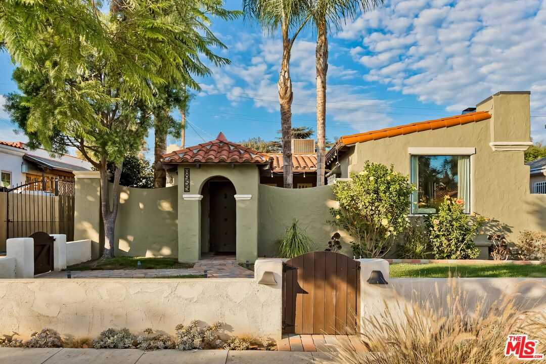 $1,449,000 - 3Br/2Ba -  for Sale in Los Angeles