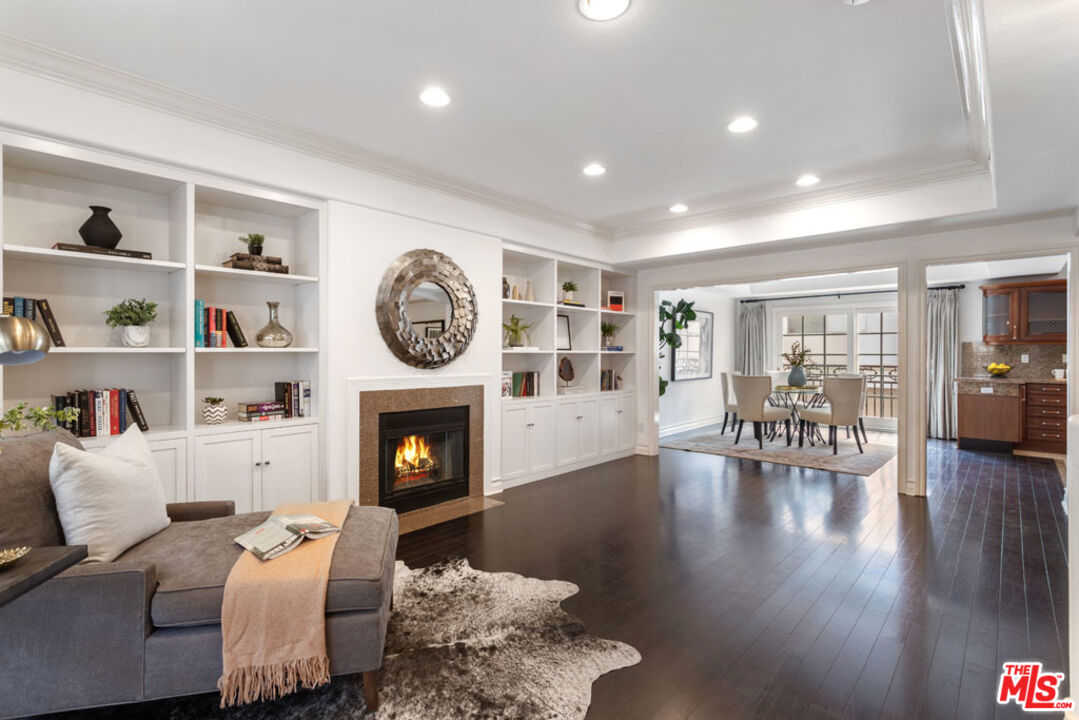 $1,899,000 - 4Br/4Ba -  for Sale in Los Angeles