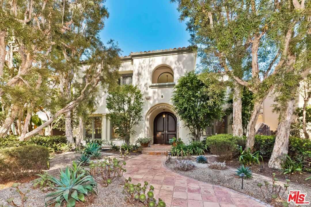 $5,950,000 - 5Br/5Ba -  for Sale in Santa Monica