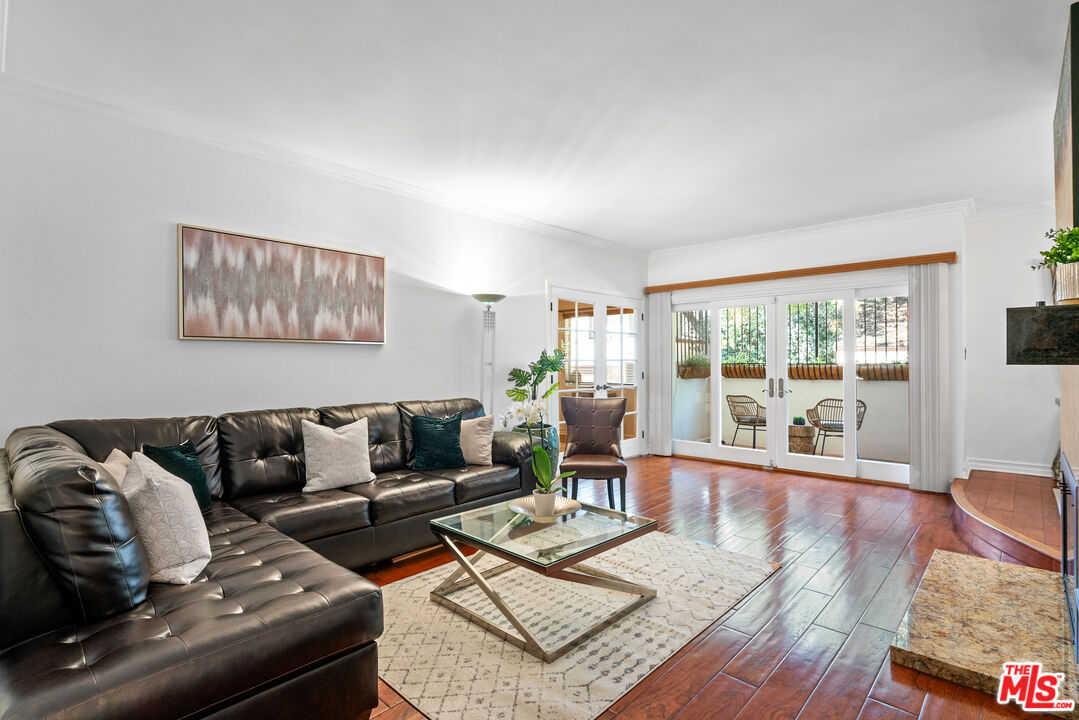 $995,000 - 2Br/2Ba -  for Sale in Santa Monica