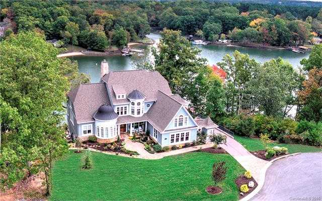 $1,998,333 - 6Br/6Ba -  for Sale in Handsmill On Lake Wylie, York