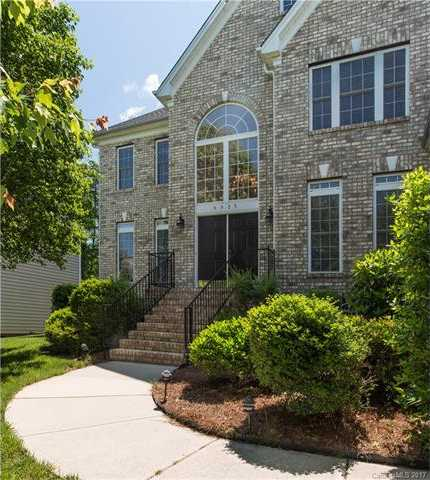 $350,000 - 5Br/4Ba -  for Sale in Highland Creek, Charlotte