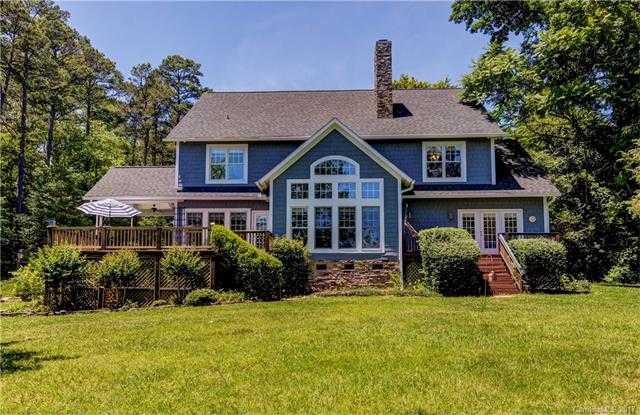 $1,099,000 - 4Br/4Ba -  for Sale in Lake Wylie, Lake Wylie
