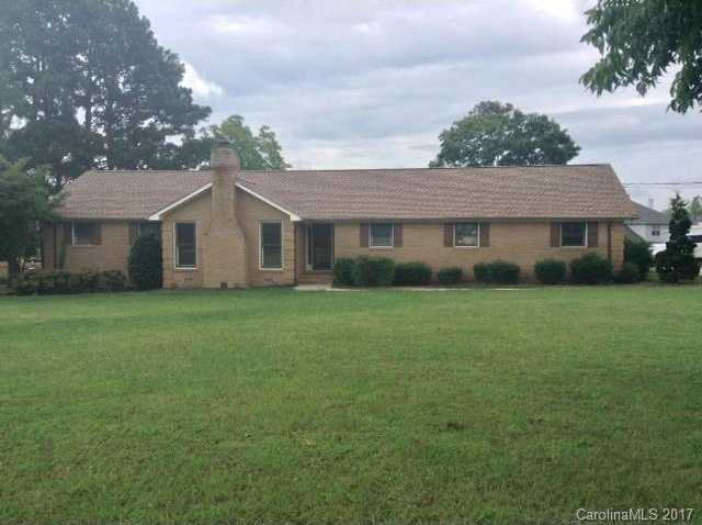 $244,900 - 3Br/3Ba -  for Sale in None, Huntersville