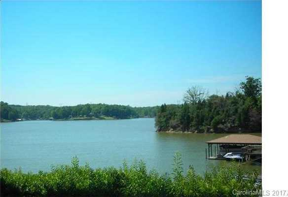 $1,200 - 2Br/2Ba -  for Sale in Yachtsman Point, Charlotte