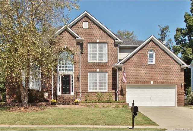 $350,000 - 4Br/4Ba -  for Sale in Highland Creek, Charlotte