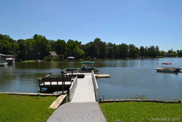 $1,650,000 - 5Br/4Ba -  for Sale in None, Lake Wylie