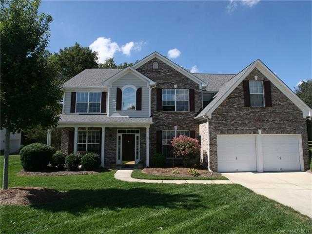 $359,500 - 5Br/3Ba -  for Sale in Highland Creek, Charlotte