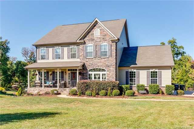$849,000 - 5Br/5Ba -  for Sale in Somerset At Autumn Cove, Lake Wylie