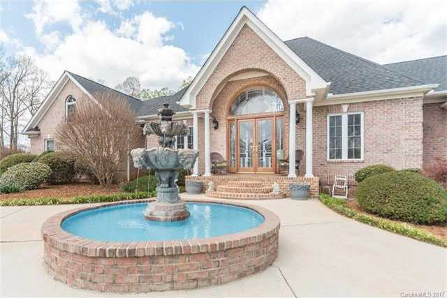 $799,990 - 3Br/4Ba -  for Sale in Meadowind, Lake Wylie