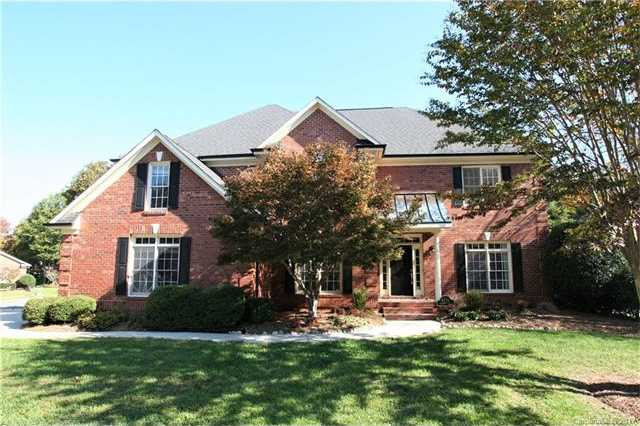 $407,000 - 5Br/3Ba -  for Sale in Highland Creek, Charlotte