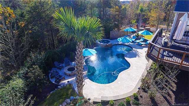 $685,000 - 4Br/4Ba -  for Sale in Serenity Point, Tega Cay