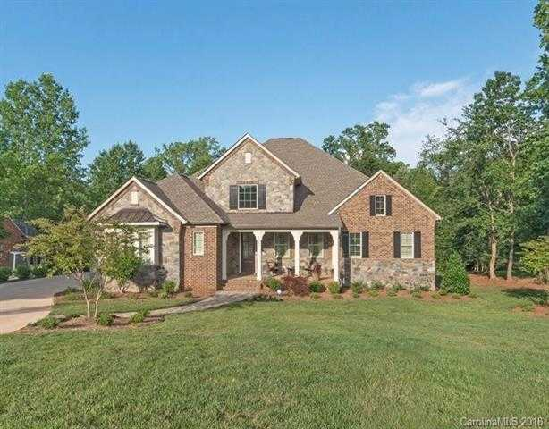 $825,000 - 4Br/4Ba -  for Sale in Cheval, Mint Hill